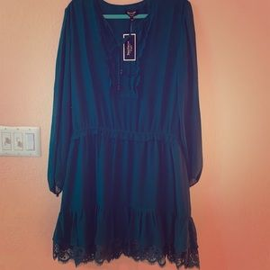 Juicy Couture Xl Green long sleeve flowy dress NWT